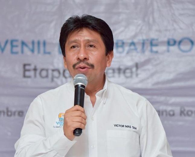 A través de redes sociales fue denunciado la irresponsabilidad del alcalde ante el delito cometido por el complejo hotelero. Víctor Más, cruzado de brazos.